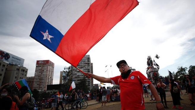 Carabineros suspenden el uso de perdigones para reprimir las protestas en Chile